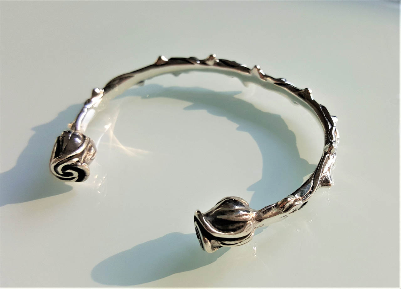 Eliz STERLING SILVER 925 Roses Bracelet Rose's Thorns Exclusive Design Size Adjustable