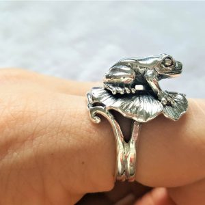 925 Sterling Silver Handmade Frog on Lily Pad  Ring Good Luck Ring Talisman Amulet Exclusive Design All Sizes Available