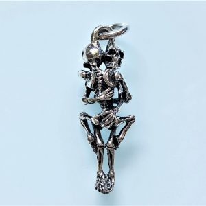 Eliz 925 Sterling Silver Hugging Skeletons Pendant Hug Love Skull Punk Goth Rock Biker Exclusive Design Valentine Gift
