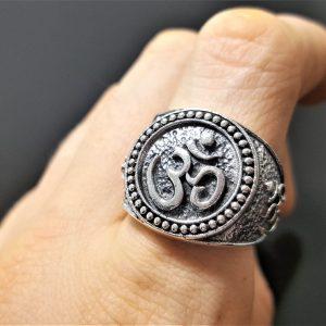 925 Sterling Silver Ohm Ring Ohm AUM Om Buddhism Mantra Talisman Protective Amulet Sacred Symbol Harmony Universe