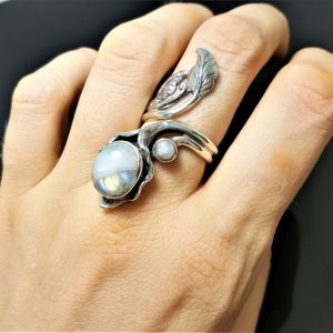 925 Sterling Silver FLower Genuine Moonstone Gemstone Unique Adjustable Ring