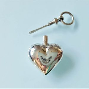 Heart Perfume Bottle Sterling Silver 925 Pendant Locket Water Tight Perfume/Essential Oil 3D Heart Locket/Pendant