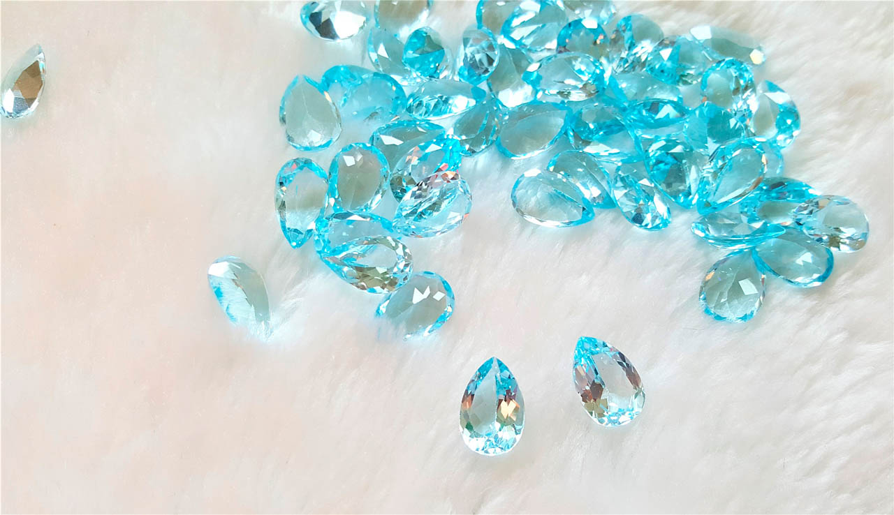 5 pic lot 100/% natural Sky Blue Topaz pear shape cabochon for jewelry