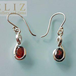 Eliz Sterling Silver .925 Earrings Genuine Garnet Gemstone