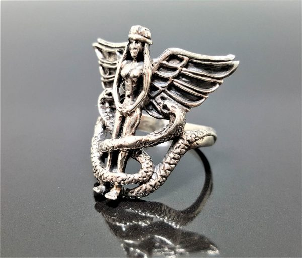 925 Sterling Silver ISIS Goddess Ancient Egyptian Goddess Divine Mother of the Pharaoh Talisman Amulet Ring