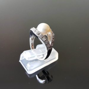 White Pearl Sterling Silver Ring Natural Freshwater Pearl & Cubic Zirconia Size 5.5, 6.5
