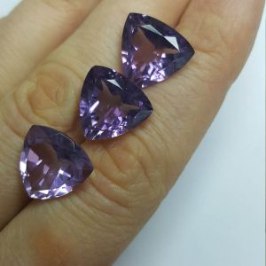 Amethyst Loose Gem Stones Grade AAA Genuine Higest Quality 13 mm Trillion Shape Faceted