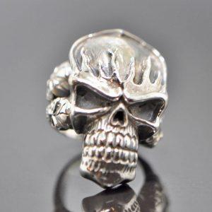 Skull Ring 925 Sterling Silver Fire Skull w Siblings Exclusive Design Brutal Skull Heavy 24 grams