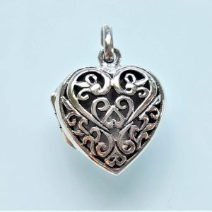 Heart Locket 925 Sterling Silver Open Heart Locket Pendant Flower Picture Portrait Memory Thoughtful Family Beloved Best Friend Mother Daughter