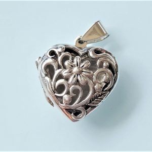 Open Heart Locket Pendant 925 Sterling Silver Flower Design Picture Portrait Memory Thoughtful Family Beloved Best Friend Mother Daughter