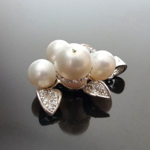 Sterling Silver Pendant Natural White Pearl with Swarovski Crystals EXCLUSIVE UNIQUE