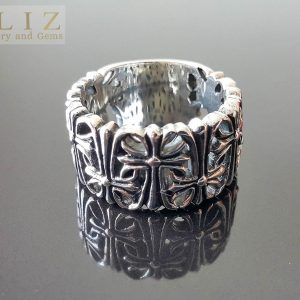 17.8 Grams Cemetery of Crosses .925 Sterling Silver Ring Punk Rock Goth Biker 12'