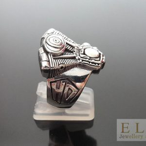 20 Gram's  V-Twin Motor Biker .925 Sterling Silver Ring Rocker 8.5' 9' 9.5' 10' 11'