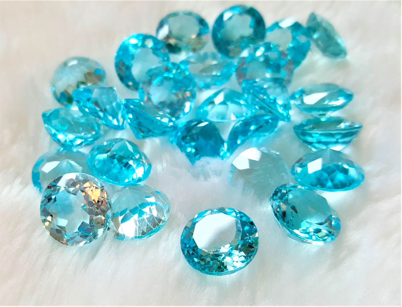 Eliz 2 pcs LOT Loose Blue Topaz Genuine Large 12 mm Natural Blue Topaz Round Cut Stone Faceted Precious Gemstones Sky Blue Topaz