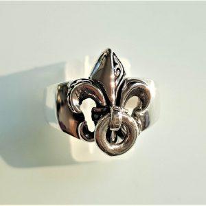 Fleur de Lis STERLING SILVER 925 Ring Royl Lily Stylized Flower Emblem Exclusive Unique Design